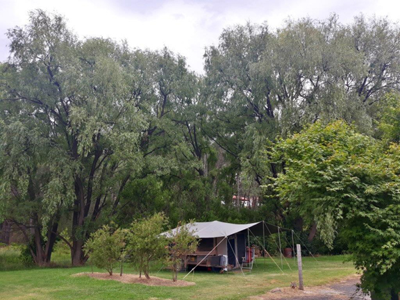 Queen St Uralla Caravan Park